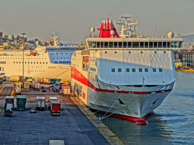 travel tips ferries from crete