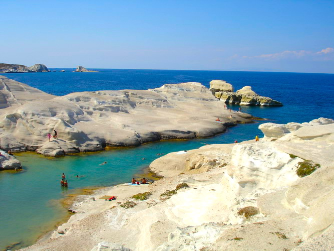 How To Travel The Greek Islands