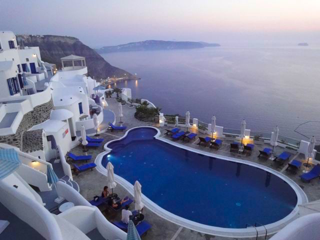 Hotels In Santorini Greece